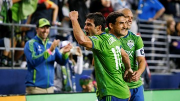Sounders edge FC Dallas 2-1 for 5th straight victory
