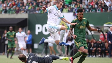 Sounders beat Timbers 1-0 and extend win streak to 7 games