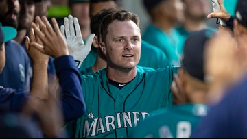 Bruce hits 300th HR to help Mariners beat Angels 4-3