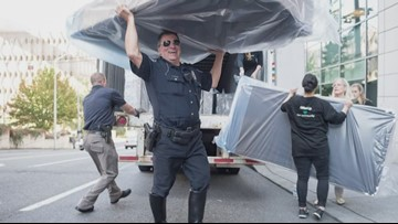 Seattle police officers to provide 200 beds to kids in need