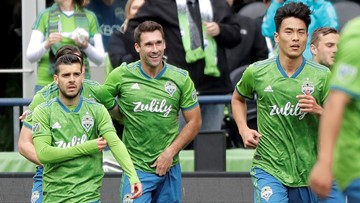 Will Bruin scores twice, Sounders outlast Toronto 3-2