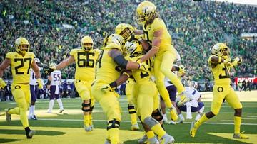 No. 17 Oregon outlasts No. 7 Washington 30-27 in OT