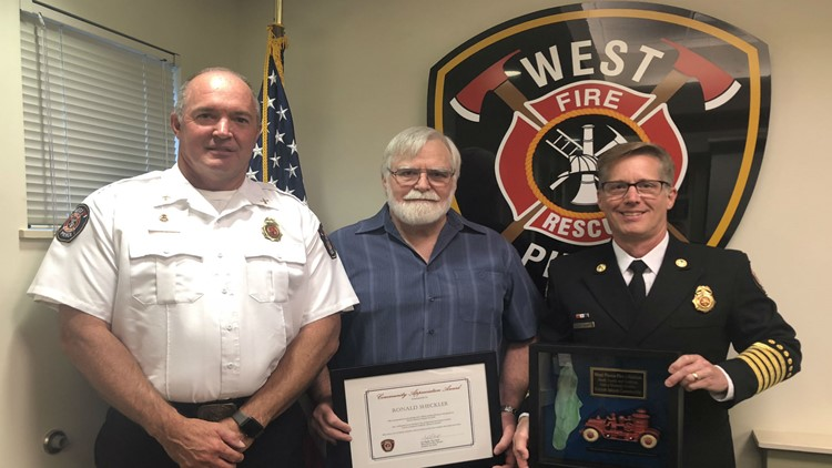 Ketron Island resident recognized for his actions after deadly plane crash