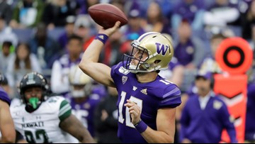 Eason throws 3 TDs, No. 23 Washington beats Hawaii 52-20