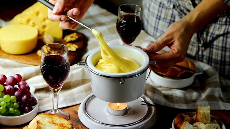 The secret to zesty and flavorful homemade fondue in minutes
