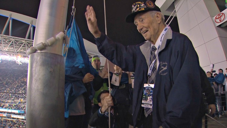 Seahawks honor veterans with 'Salute to Service'