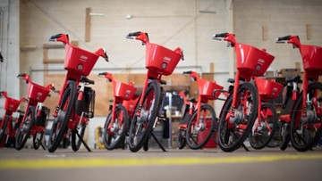 Uber rolls out hundreds of electric bikes in Seattle | GeekWire