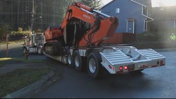 Neighbors block bulldozer to halt Mukilteo development