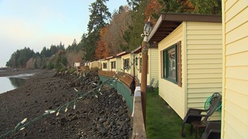 This Olympic Peninsula retreat is on a private shellfish beach