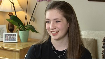 Lynnwood teen with rare bone disease dedicates herself to helping others