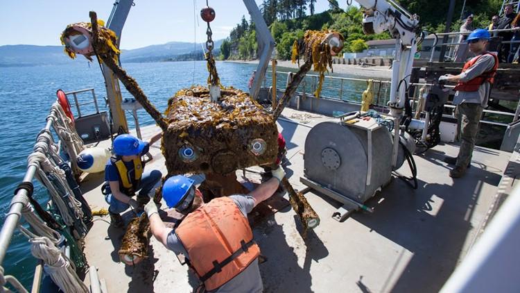 UW engineers test tidal energy turbines on Lake Washington