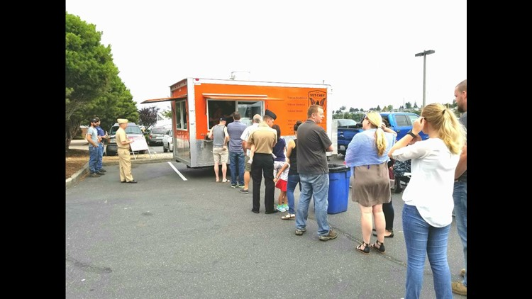 The line for The Vet Chef food truck. Don't worry, it's worth it.