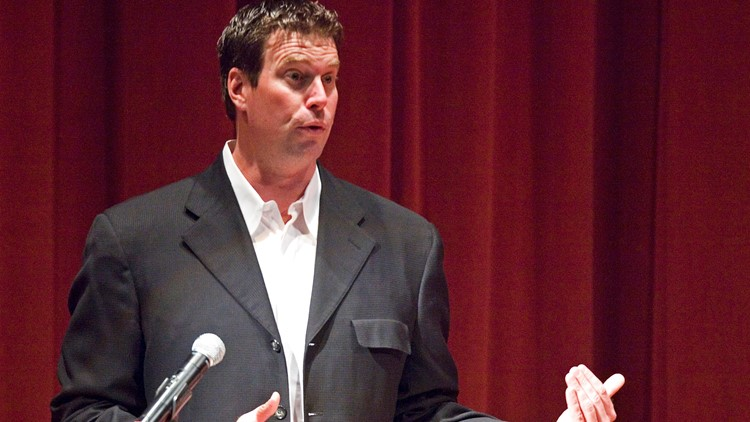 ESPN hires former Cougars QB Leaf as college football analyst