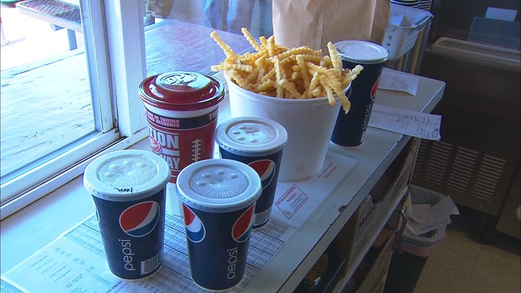 Grab a bucket of fries with your burger at this Chelan drive-in