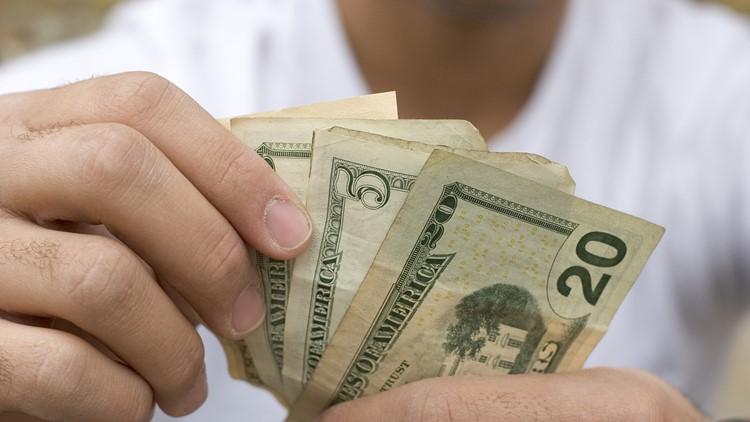 Investing 101: Seattle financial advisors share tips