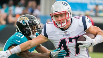 Seahawks acquire TE Hollister from Patriots for 2020 pick