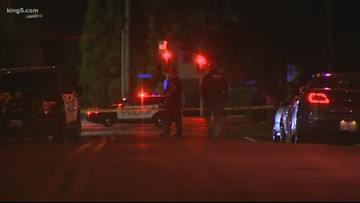 Federal Way police officers recovering after being shot, suspect dead