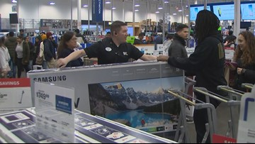 Bellevue shoppers score Black Friday deals on Thanksgiving