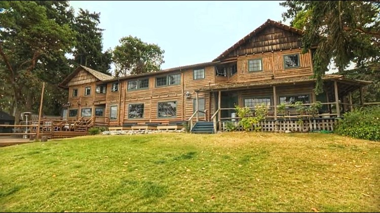 Book a getaway back in time at Captain Whidbey Inn
