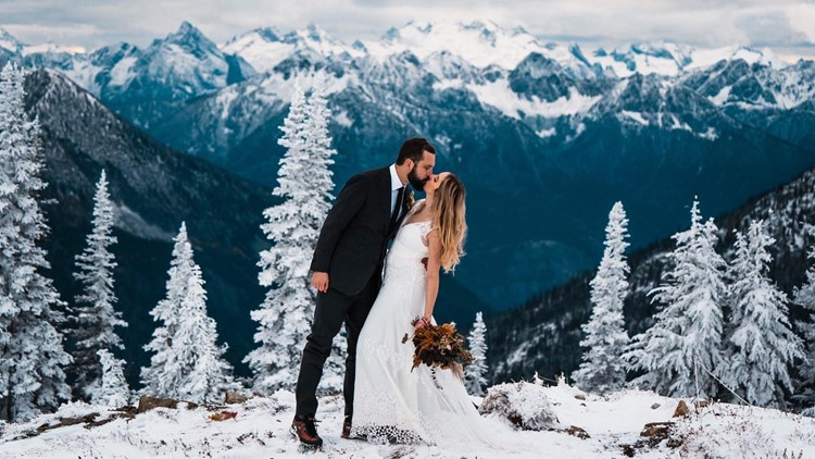 Surprise snowfall creates stunning backdrop for this North Cascades elopement