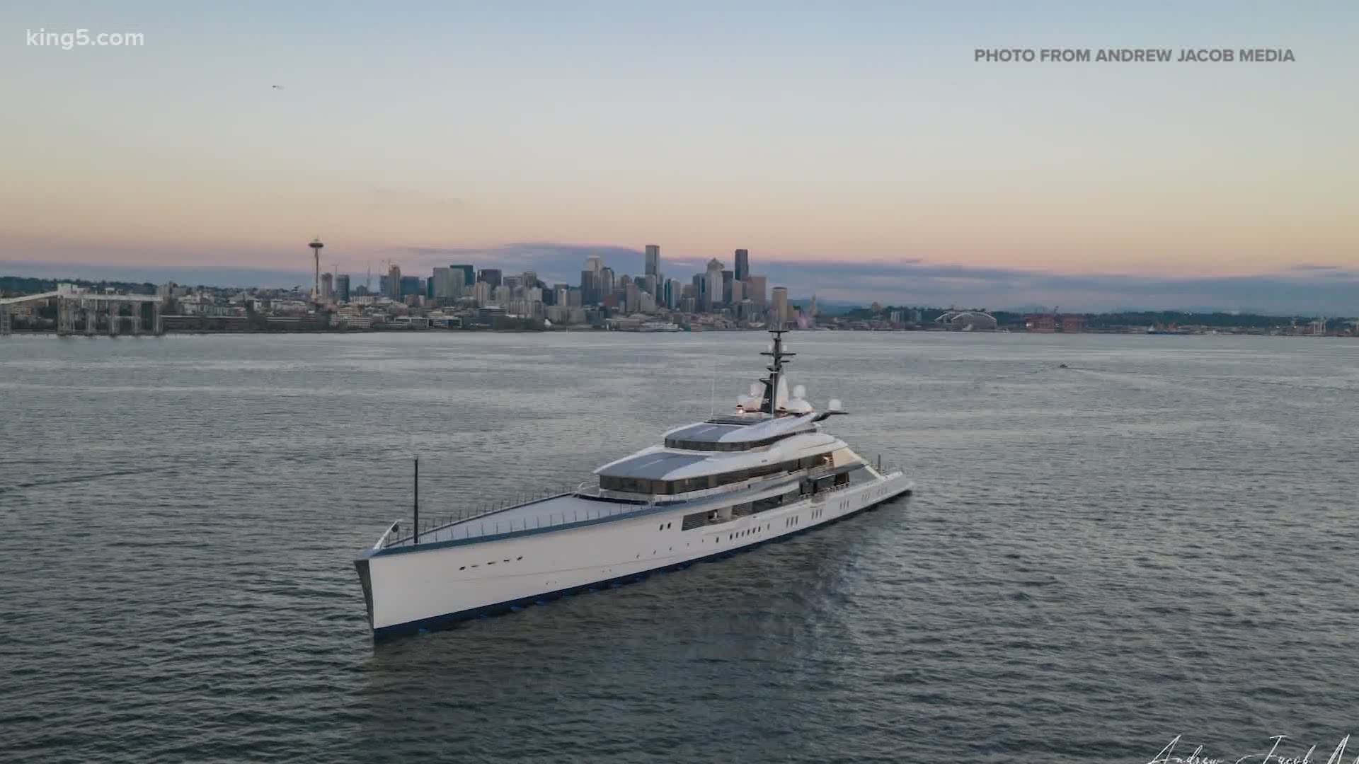 spotted yacht Seattle Dallas Cowboys in  to belongs Mega