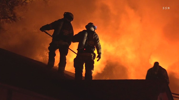75 people displaced by Tacoma apartment fire