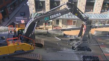 Seattle viaduct demolition underway at Columbia Street ramp