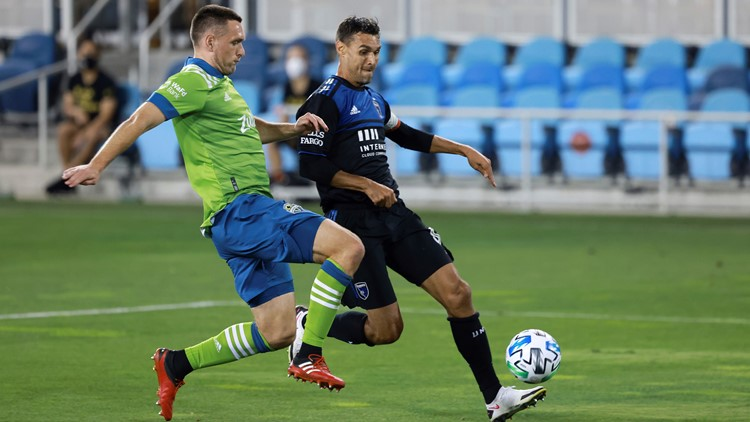 Top 2 teams battle Wednesday in Sounders Earthquakes matchup