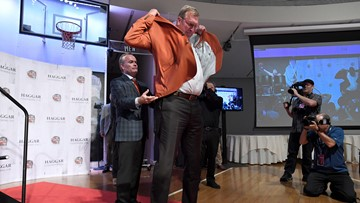 Sikma, Divac are centers of attention at Hall of  Fame