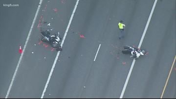 Bellevue police officers collide on I-405