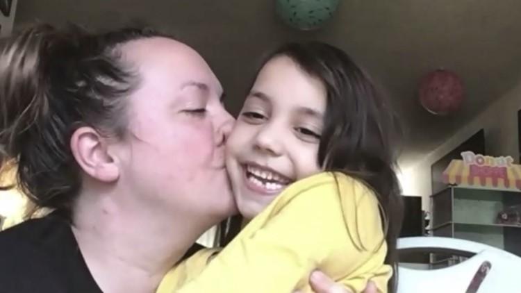A kid's-eye view of moms - SmallTalk