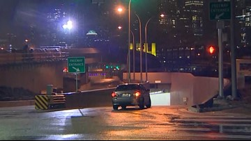 Seattle tunnel open to traffic both directions