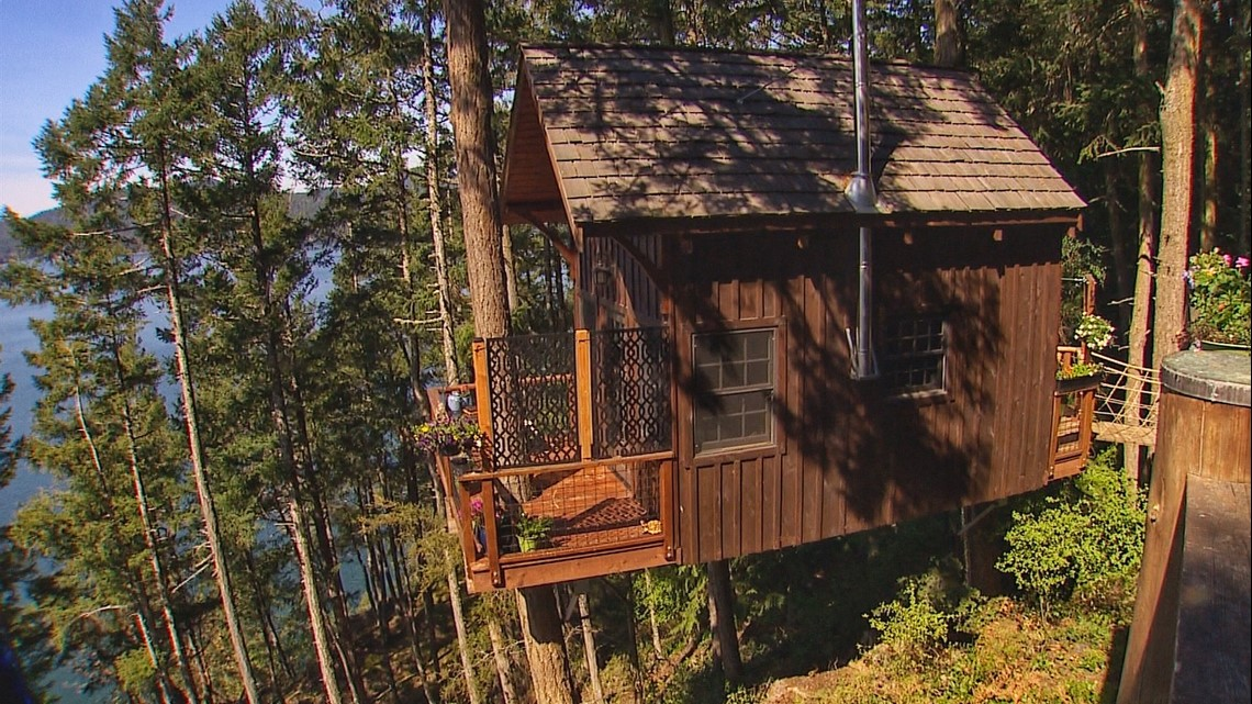 Sleep in the trees at this Lopez Island retreat - KING 5 Evening