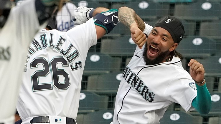 Mariners use 2 HRs, Moore's defensive gem to top Dodgers 4-3