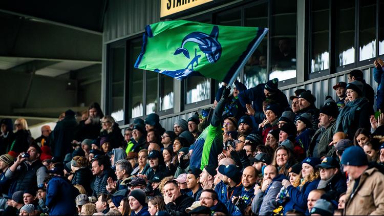 Seawolves fans at Starfire Stadium