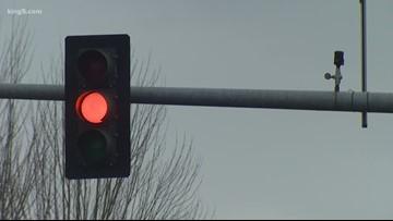 Everett considers red light cameras
