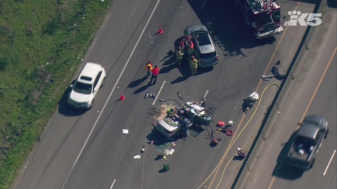 Multi-car crash on 512 creating traffic snarl