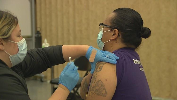 Union helps frontline workers get vaccine in Washington