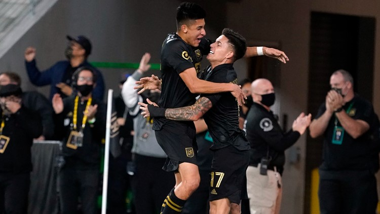 Arango leads surging LAFC past slumping Sounders 3-0