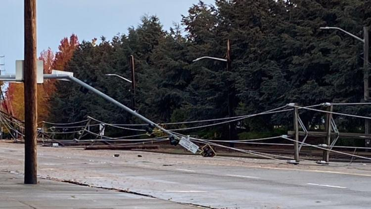 South Park Bridge reopens after downed power lines forced closure during wind storm