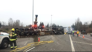 Driver of semi-truck injured after rollover on I-5 in Lynnwood