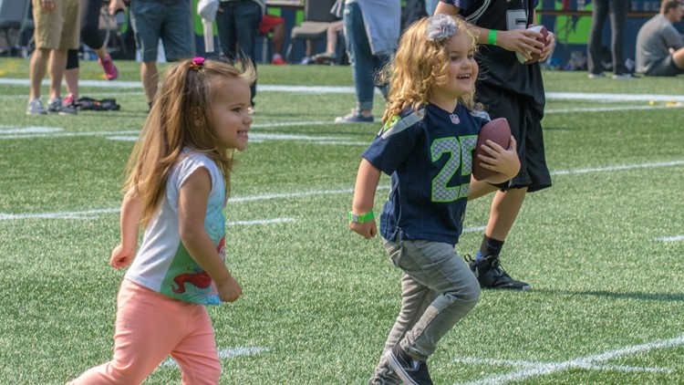 Kids are invited to participate in a free 40-yard dash on the field.