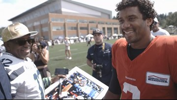 Coast Guard members train with Seahawks for a day