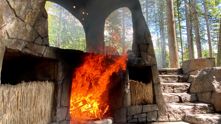 Take a memorable dip in a wood-fired hot tub near Mount Rainier