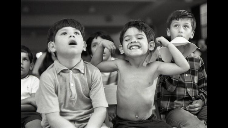 Irwin Nash photos of Yakima Valley migrants in 1960s-70s