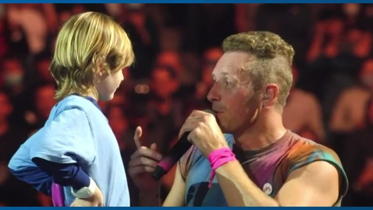 Coldplay invites boy celebrating 6th birthday on stage at Climate Pledge Arena concert in Seattle