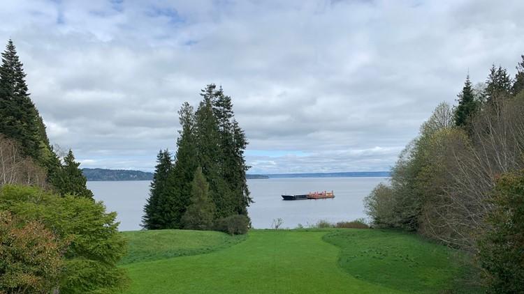 Explore Bainbridge Island with a local - Neighbor in the Know