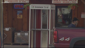 Customers clamor for classic phone booths at Sultan antique shop