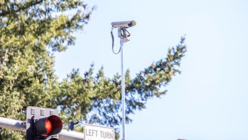 Everett explores adding red-light cameras to some intersections