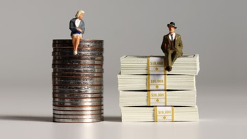 Women's salaries in Washington show signs of stalling compared to men